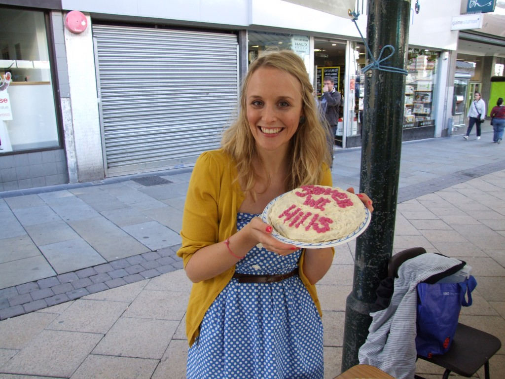 Lindsay and her cake