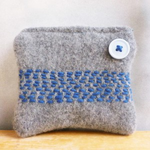 Grey and blue purse made with recycled wool and cotton