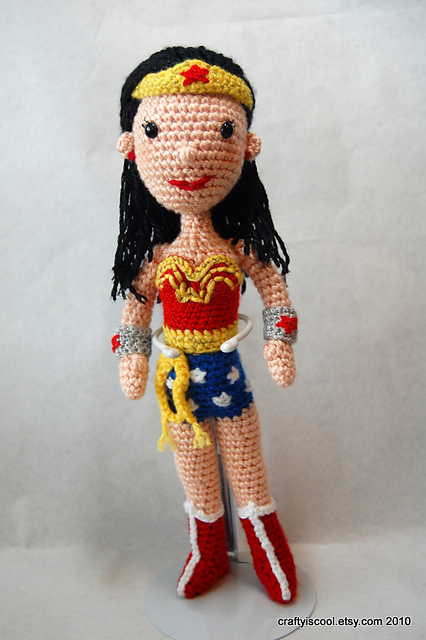 Wonder Woman amigurumi